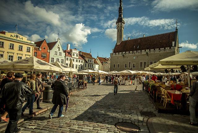 Tootling through Tallinn